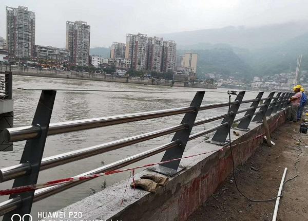 成都河道护栏成功案例