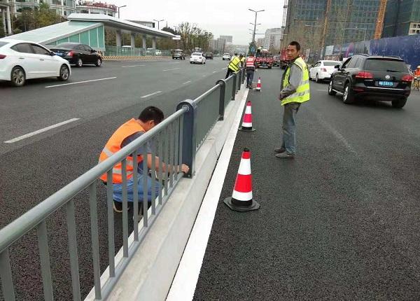 四川交通护栏施