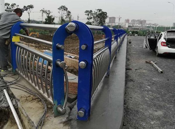 四川不锈钢复合管护栏