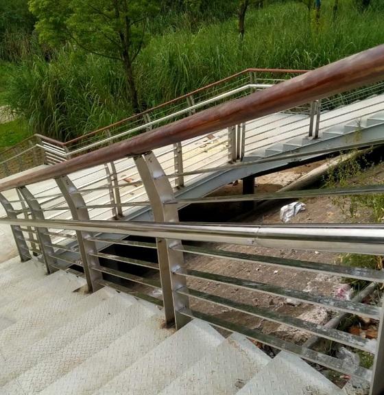 追踪南充河道护栏靓丽风景线