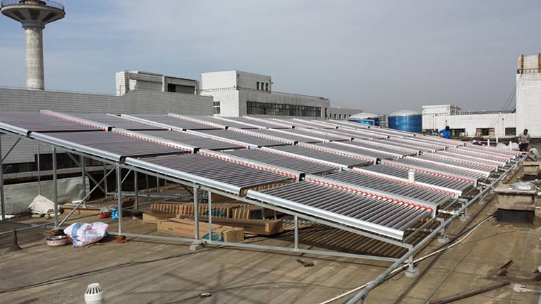 热水工程选空气能热水器好还是陕西太阳能热水器好?