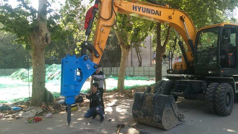 丰年机械破碎锤拆除施工案例
