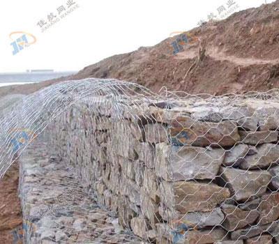 石籠網在河道治理中發揮重要作用,這五大有優勢說明一切!