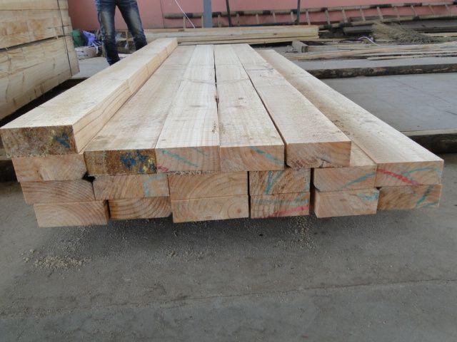 宜宾建筑木方厂家——辐射松木方