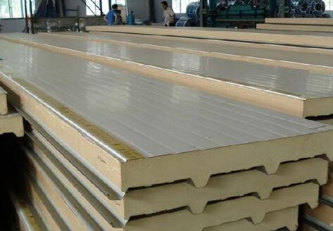 金泰聚氨酯彩钢板