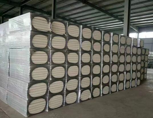 聚氨酯复合板的价格主要根据哪些方面来评估
