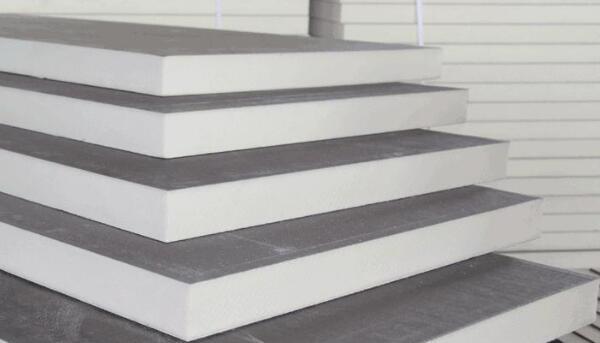 建筑围护防火保温板材中聚氨酯复合板的优点