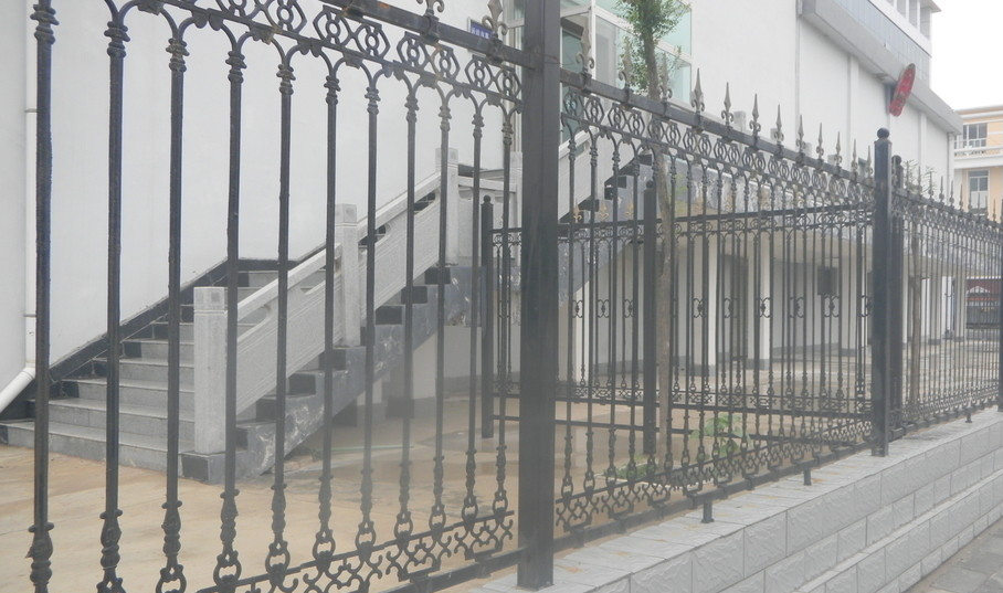 陕西铁艺围栏施工