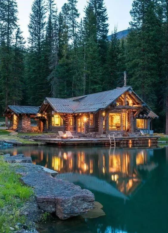 一般成都木屋别墅每平方价格是多少?