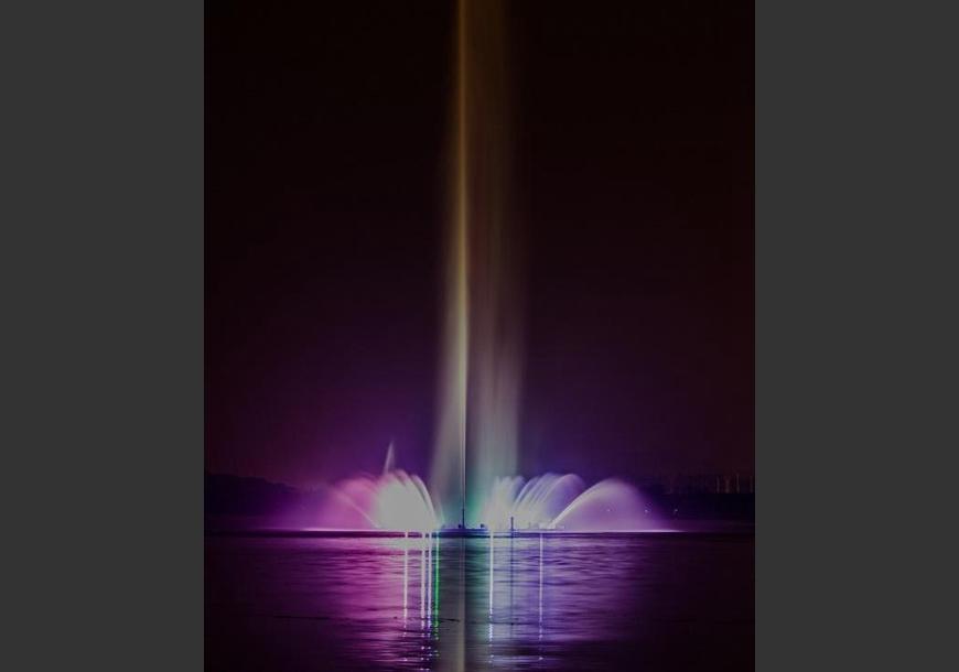 四川超高喷泉设计