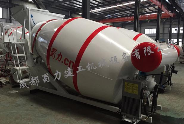 四川干料生料搅拌罐车