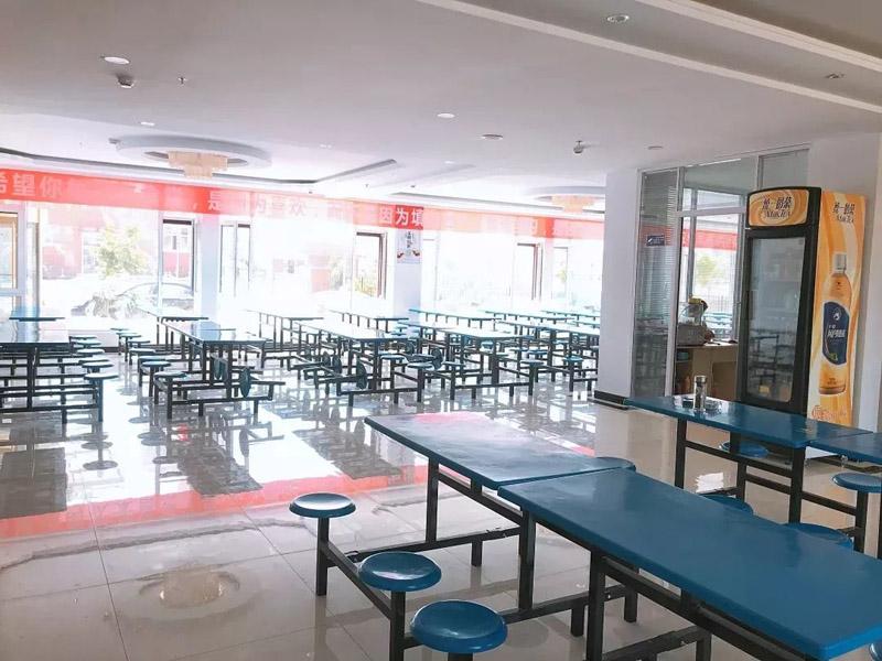 兰州北乐艺术学校学生食堂