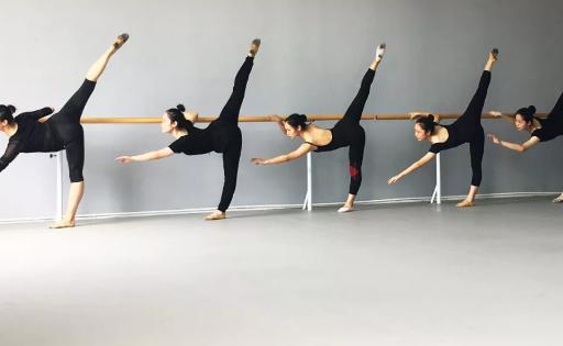 提升舞蹈技能的能力 舞蹈艺考生的培训方案