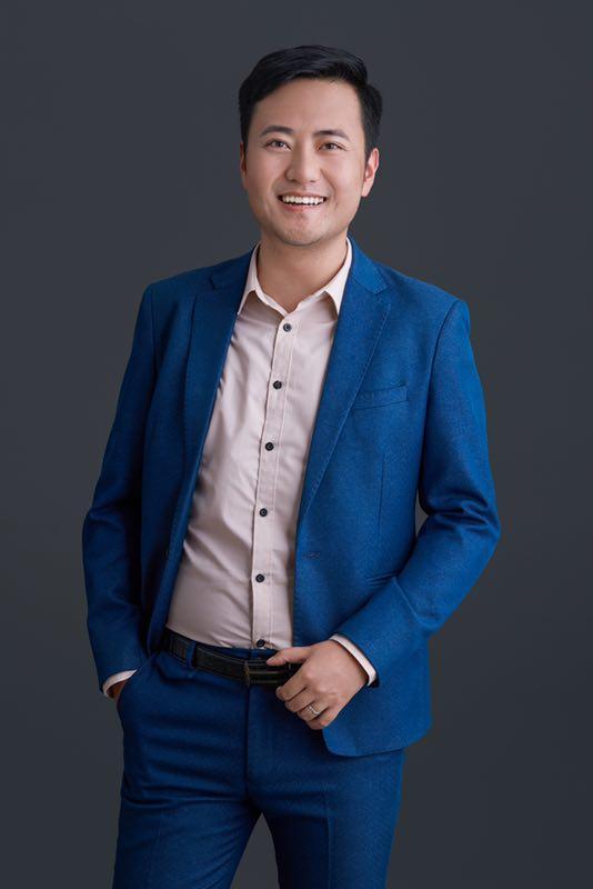 郝志泽-视唱练耳教师
