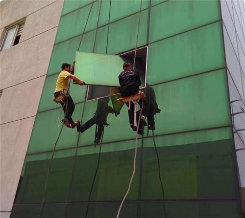 郑州铝板维修清洗