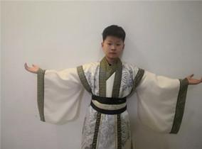 丁东杰变脸培训优秀学员:冯一家