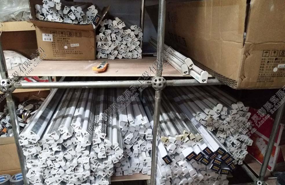 展台搭建板材生产车间