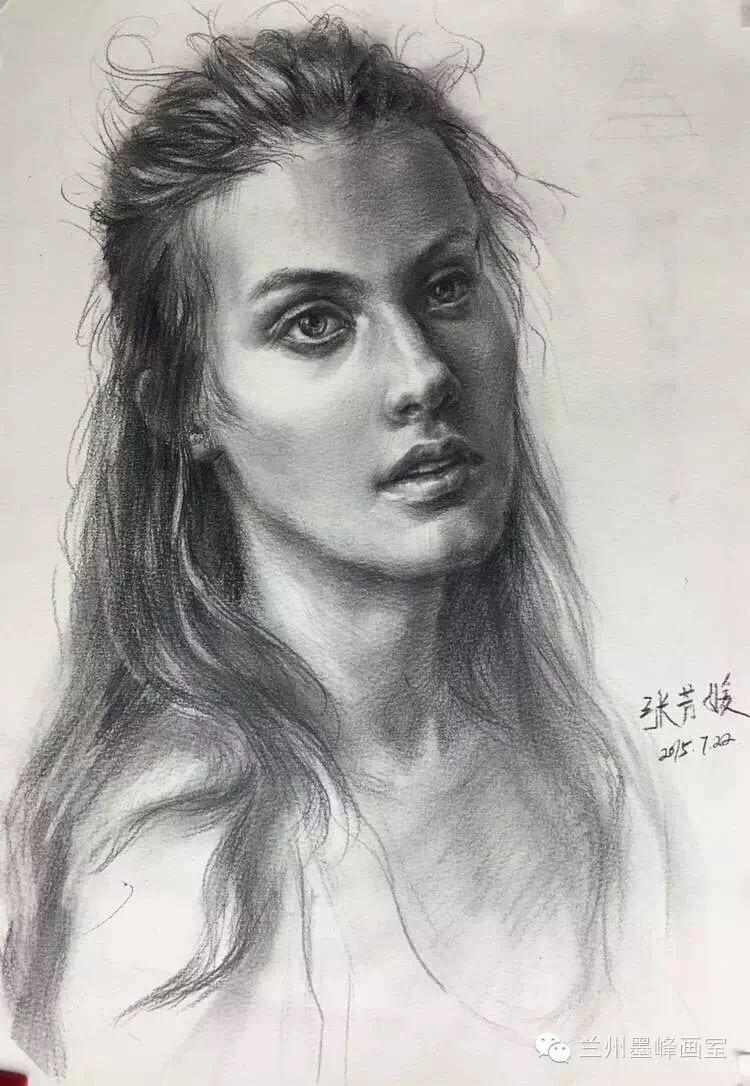 美丽的女孩素描头像-作者张芳媛