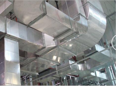 工厂消防排烟管道安装完工案例展示