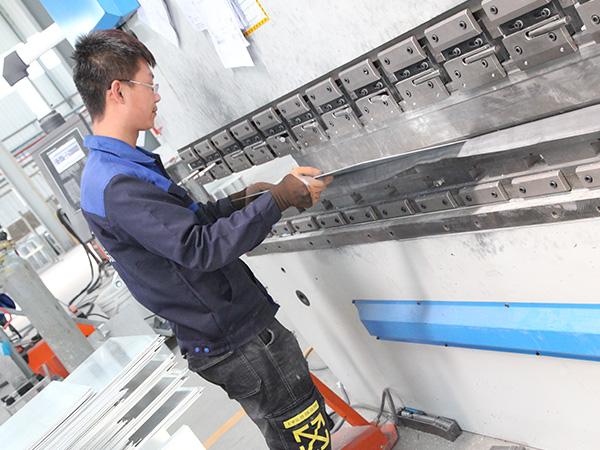铝单板制作