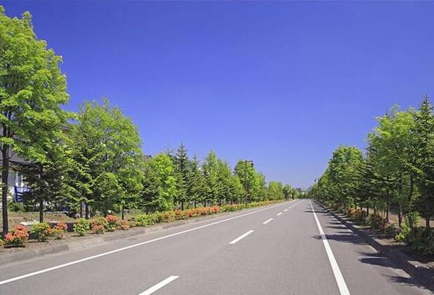公路施工安全管理应该有哪些注意事项,公路施工公司给我们详解?