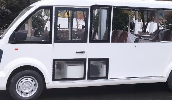 景宁无障碍便民观光巴士成功交付使用
