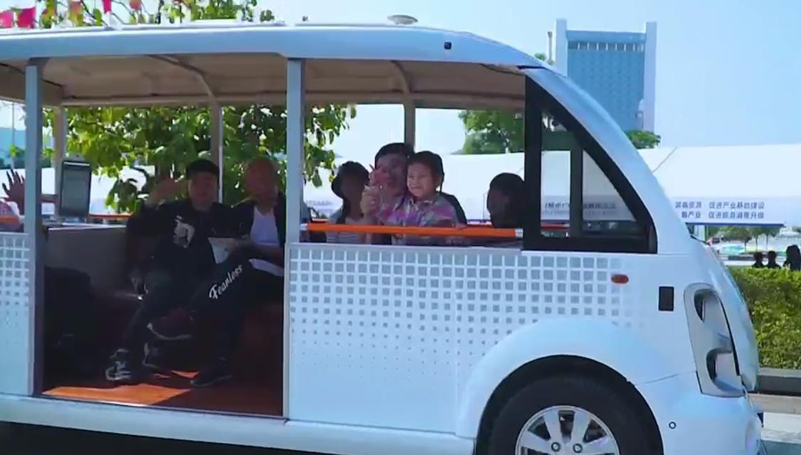 五菱智能驾驶观光车