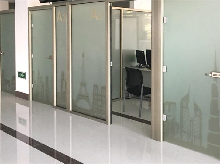 甘肃全景办公室玻璃隔断厂家定做