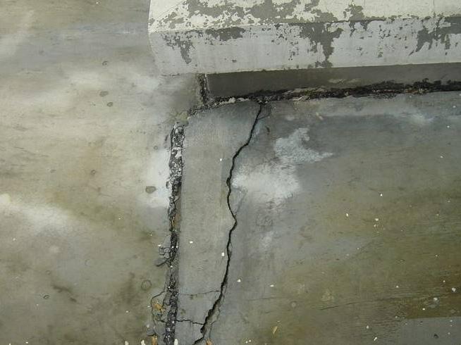 四川裂缝修补