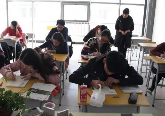 高考文化课复习重中之重是什么 基础占的比例有多少