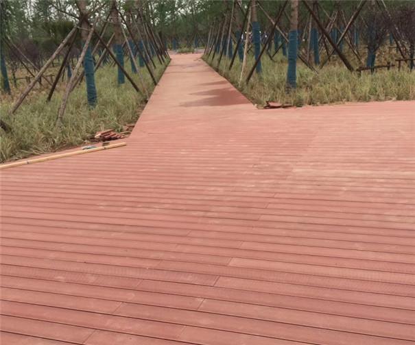 园林景观木栈道