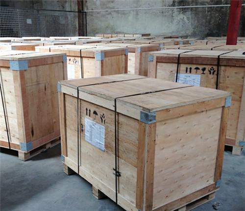 雷竞技苹果下载官方版木箱做工细致 质量有保障