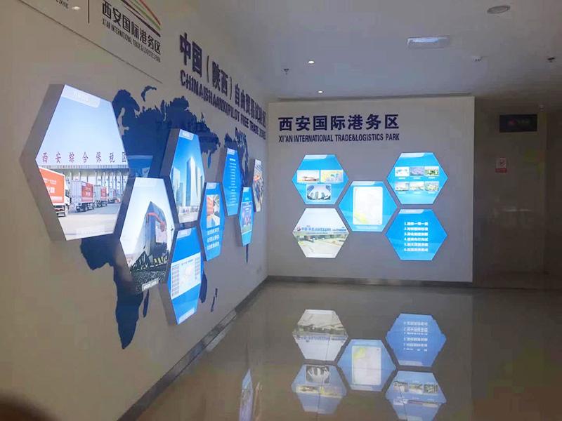 西安LED灯箱挂墙广告设计