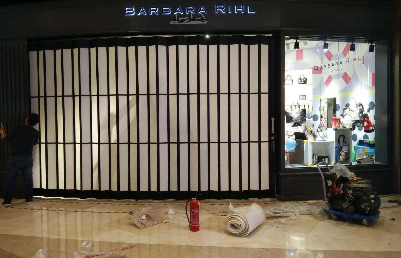四川水晶折叠门厂家
