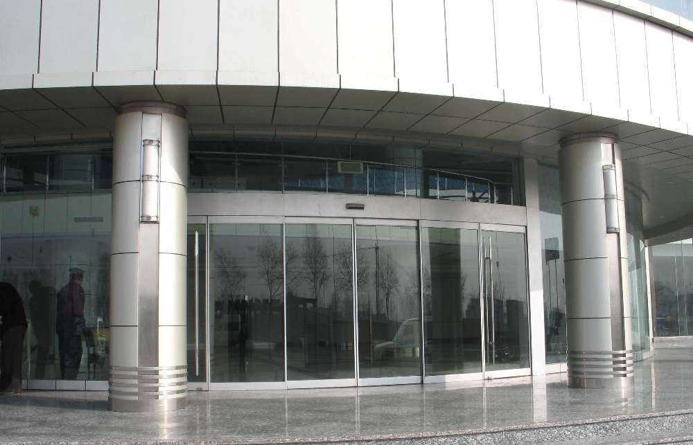 四川玻璃感应门厂家