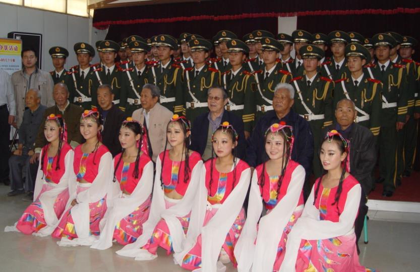 蘭州市九州藝術學校全體師生慶祝新中國成立70周年