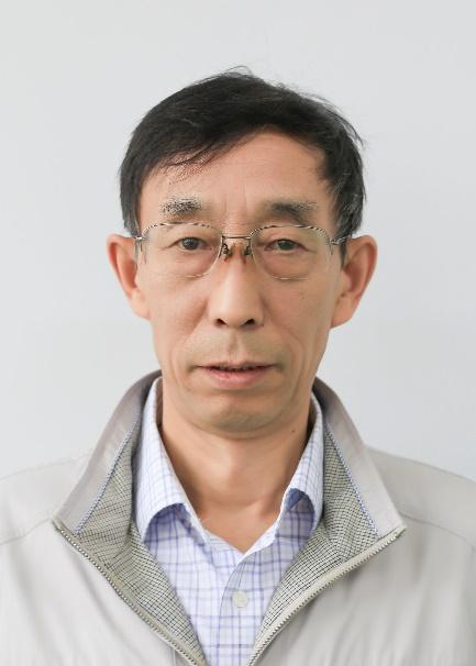 蘭州九州藝術學校物理教師張宏紅