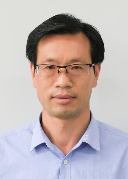 蘭州九州藝術學校化學老師趙建民