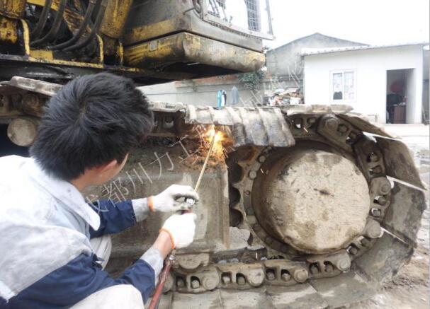 钻机维修客户见证