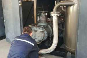 空壓機潤滑油消耗量過大