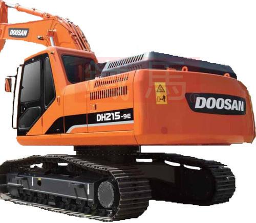成都挖掘机配件中履带的维护和使用注意事项