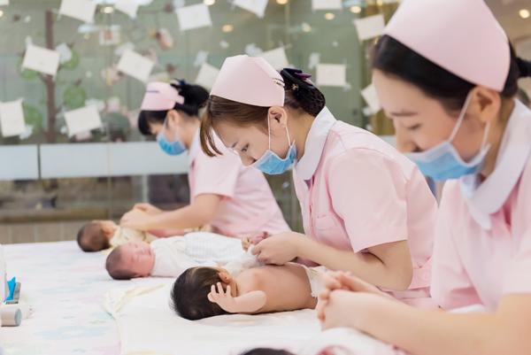 新生儿生活护理
