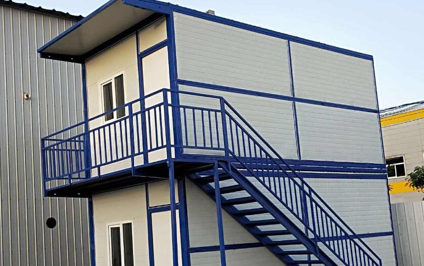 折叠式住人集装箱厂家与民发达成合作