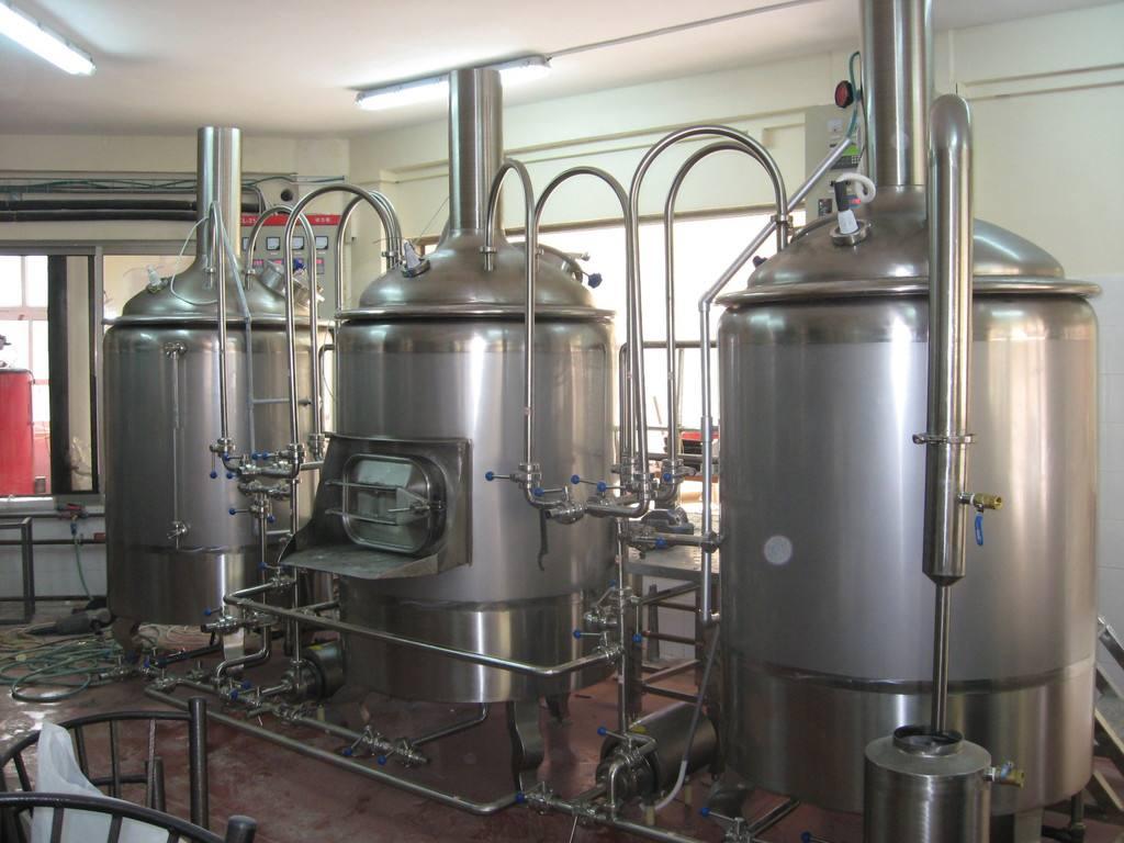 啤酒設備還可以釀造甜啤酒南陽源鑫為你詳細講解操作流程