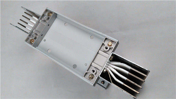 低压母线槽和电缆优劣势对比分析,大家有所了解吗?