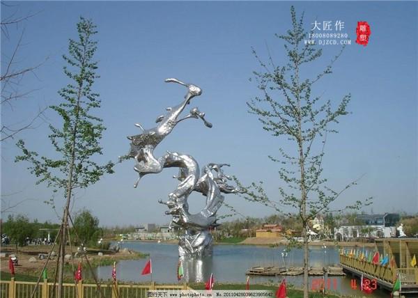 """怎么保护好成都不锈钢雕塑?不让它""""受伤"""""""