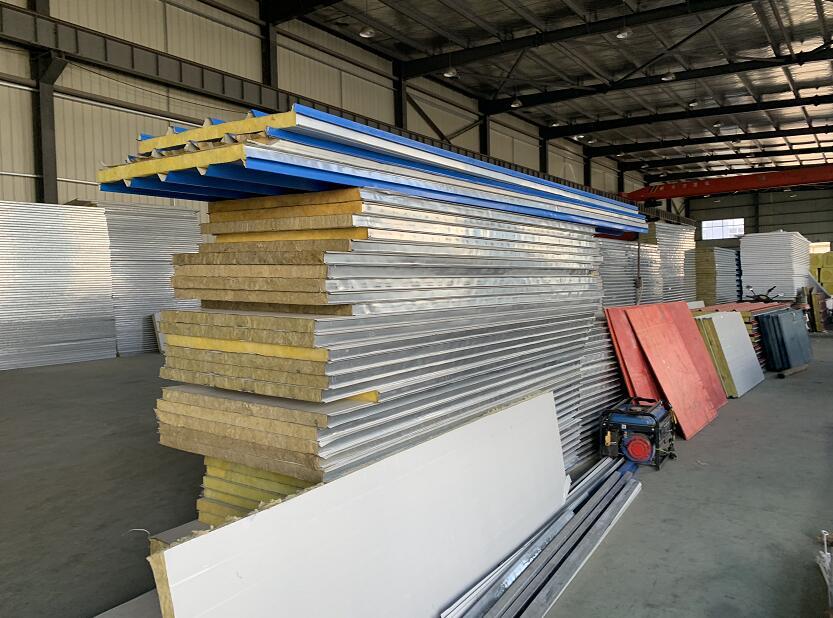 襄阳广广彩钢生产钢结构厂房