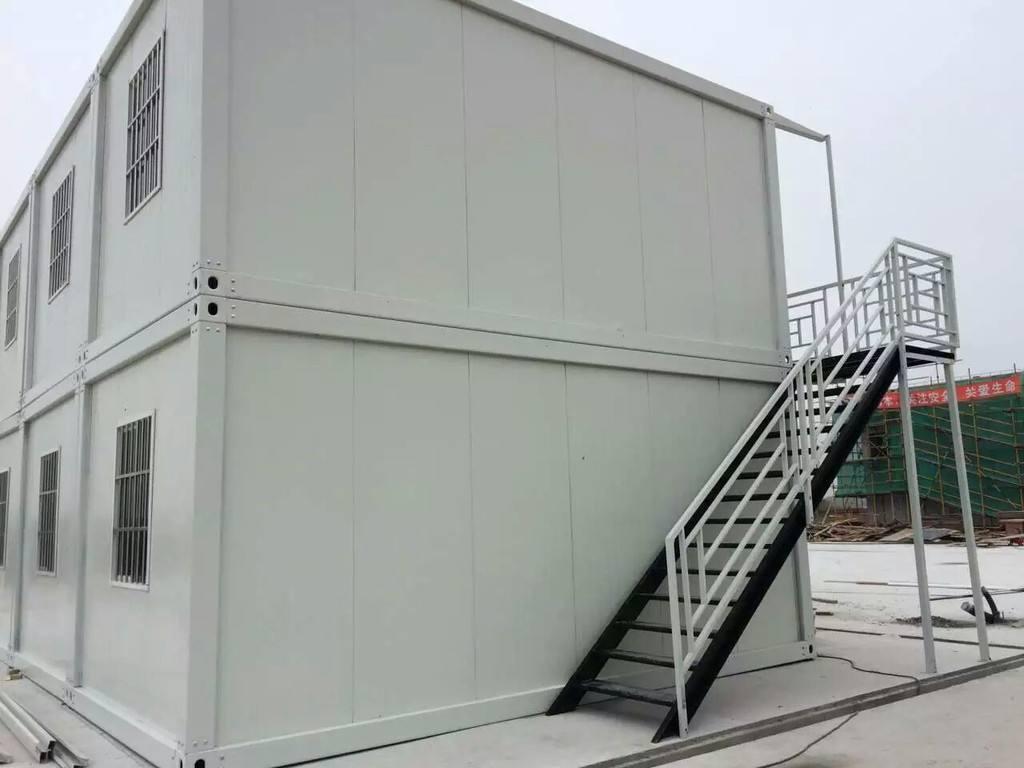 一般在建筑工地上,常见的快拼箱和打包箱有什么区别?