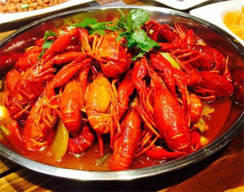 教你在家做舌得小龙虾,在家也能吃这么赞的美食!