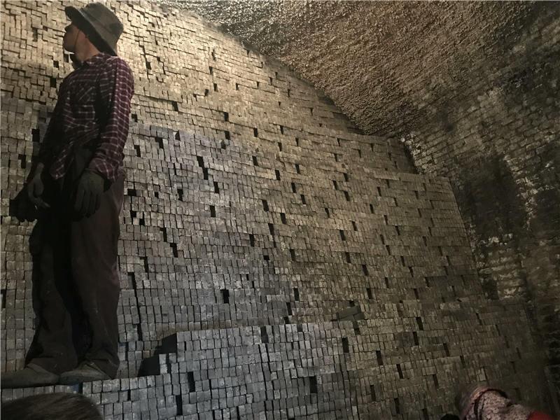 作为古建筑必备的材料,仿古青砖深受人们的喜爱的原因是什么?